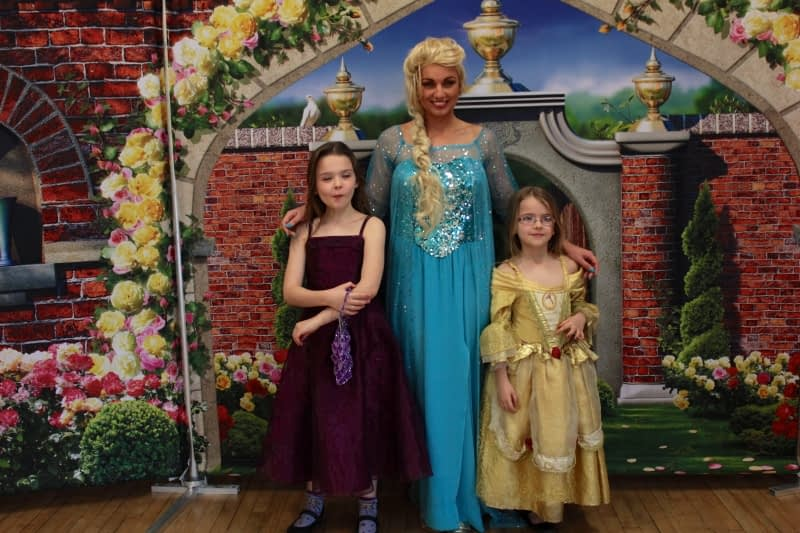 Elsa Parties in Reading