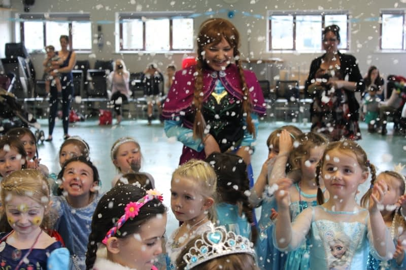 Frozen Kids Parties