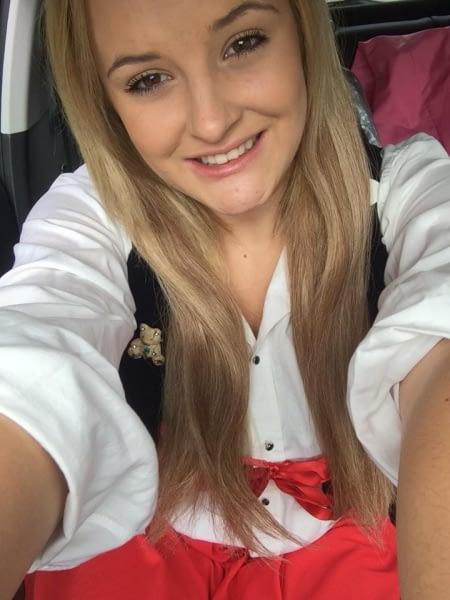 Selfie - Goldilocks